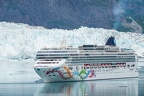 Norwegian Pearl leaving glacier